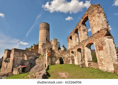 Remains of great hall and keep of Castle Kollmitz