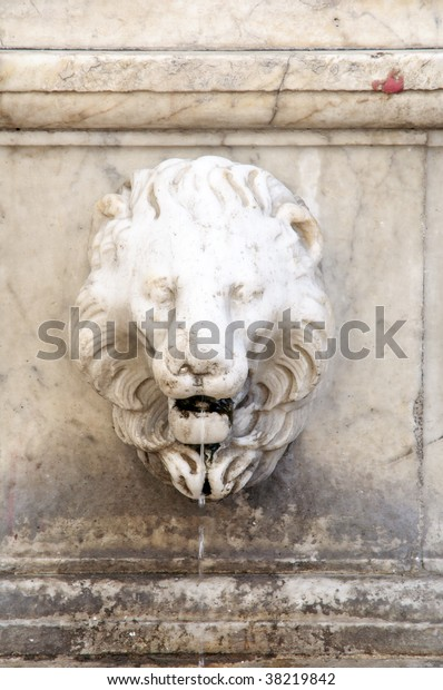 Lions Fountain Florence.Renaissance Lion Head Fountain Florence Italy Stock Photo