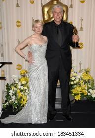 Renee Zellweger Christopher Rouse, winner, Achievement in Film Editing, BOURNE ULTIMATUM, 80th Annual Academy Awards Oscars Ceremony, The Kodak Theatre, Los Angeles, February 24, 2008
