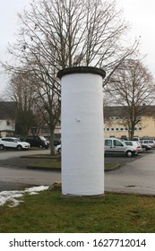 renovated advertising pillar ready for new advertising