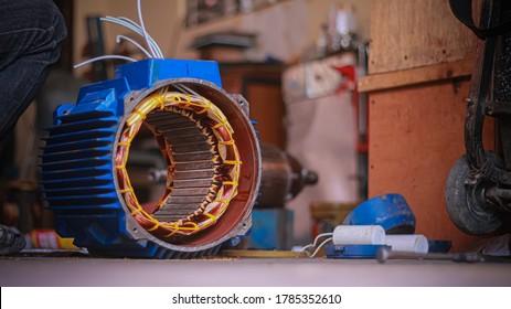 Repair 3-phase motors of industrial plants.