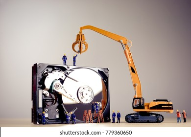 Repair of the dismantled hard drive.