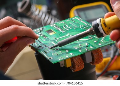 Repair of electronic devices, tin soldering parts
