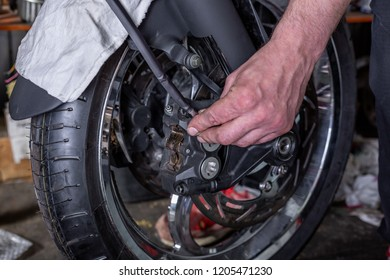 repairing motorcycle tire with repair kit, Tire plug repair kit for tubeless tires.