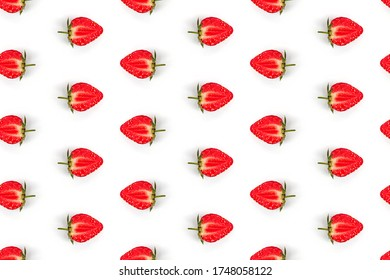 repeating seamless pattern half strawberries