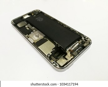 Replace Lithium-ion battery smartphone, Remove the battery