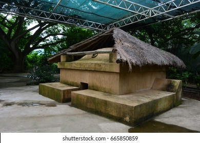 Replica of a mayan bath at Joya de Ceren, El Salvador. These ruins are an UNESCO Heritage Centre and considered the Pompeii of America