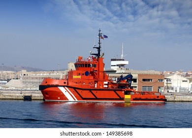 Rescue tug docked in the port of Alicante