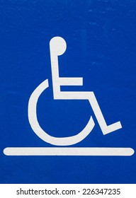 reserved car parking sign for handicapped person