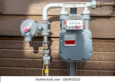 residential gas meter and pressure regulator