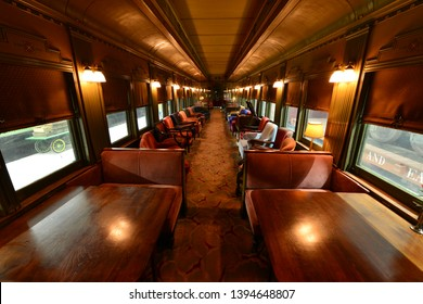 Rest and dining area of an American Pullman car.