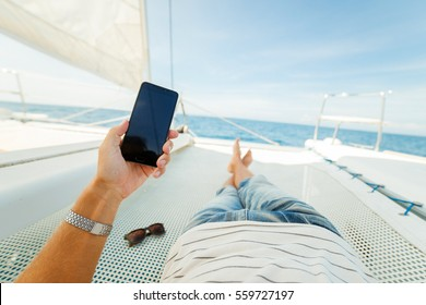 Rest on a yacht in the first person. Feet first person