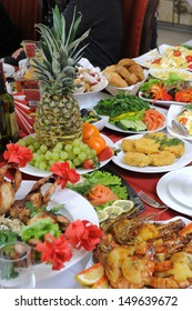 In the restaurant buffet is prepared for the Banquet are a lot of different meals.