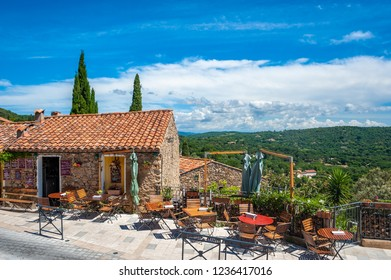 Restaurant in the old town of Ramatuelle in the Department Var of the province Provence-Alpes-Cote d´Azur