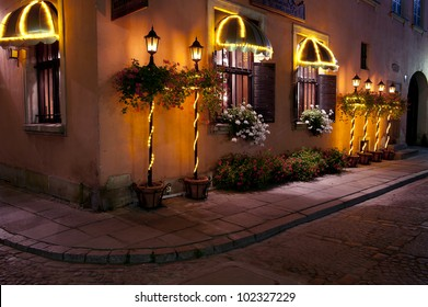 Restaurant in Warsaw in Old Town at night