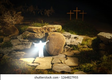 The resurrected God, Jesus Christ comes out of the grave. His body is radiant and his heart is shining with white light. You can see the boulder being removed. In the background there is a Golgotha.