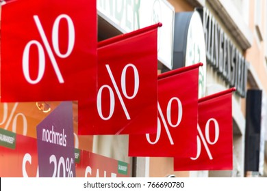 retail, price reduction in percent