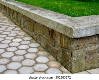Retain wall with loan