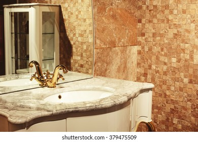 retro bathroom interior design element