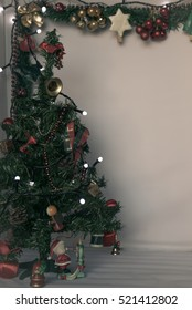 Retro decorated Christmas tree background