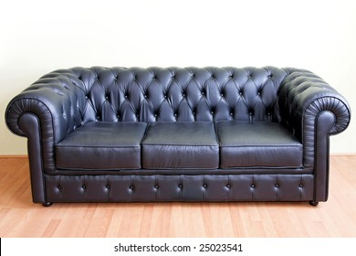Retro Style Black Sofa Made From Leather