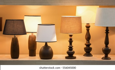 Retro Style Wooden Desk Lamps With Many Lampshade Colors Decorated In  Bedroom.