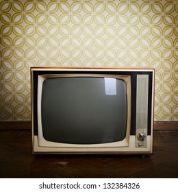 Retro Tv With Wooden Case In Room Vintage Wallpaper And Parquet