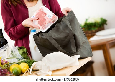 Reusable Bags: Unpacking Meat From Fabric Bags