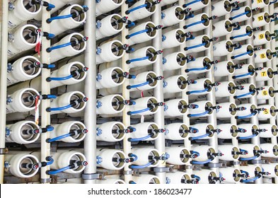 reverse osmosis plant for desalinating sea water in Israel