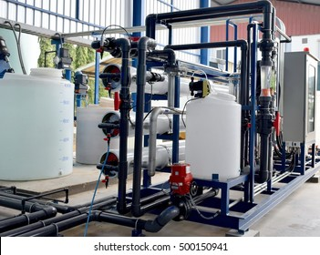 Reverse osmosis system for water drinking plant.Reverse osmosis water purification system or RO