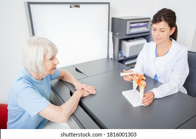 Rheumatologist and senior patient, consultation. Shoulder and collarbone injury. Diagnostics and treatment fractures of humerus and clavicle