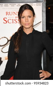 """RHONA MITRA at the world premiere of """"Running with Scissors"""". October 10, 2006  Los Angeles, CA Picture: Paul Smith / Featureflash"""