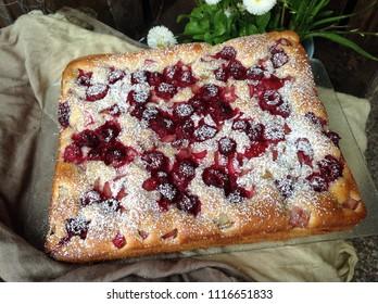 rhubarb raspberry cake
