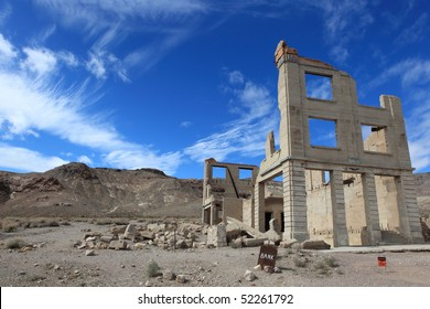 Rhyolite ghost town, death valley national park