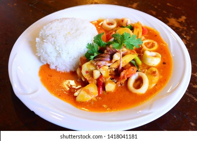 Rice with seafood spicy tomyum stir-fried, Thai food