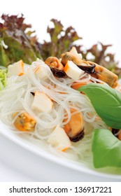 Rice Vermicelli Salad with Mussel and Crabmeat Sticks
