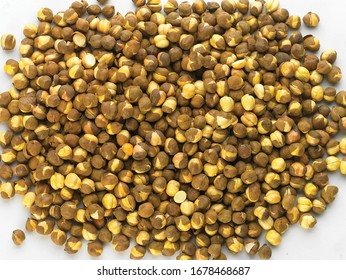 Rich & Traditional Crunchy Roasted (annagiri, Folva) chana or Gram - Bengal Grams / Chickpeas, known as chatpata futana or Phutana flavored with spicy Indian Masala. - Image