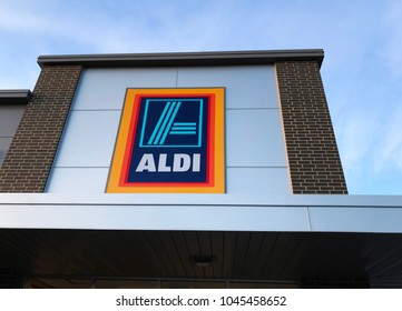 Richfield, MN/USA- March 13, 2018. Exterior shot of the top of the entrance of an Aldi supermarket store in Minnesota.