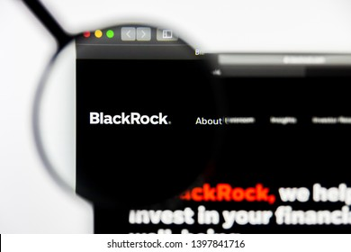 Richmond, Virginia, USA - 9 May 2019: Illustrative Editorial of BlackRock 2022 Global Income Opportunity Trust website homepage. BlackRock logo visible on display screen.