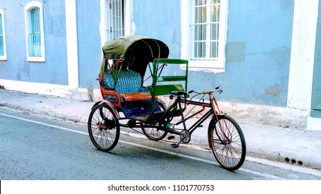 A rickshaw in the streets of french colony, Pondicherry (Puducherry), India