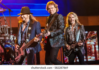 Ricky Phillips, James Young and Tommy Shaw of Styx - Pacific Amphitheater Costa Mesa CA. June 15, 2016