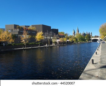 Rideau canal, Canadian parliament and National Art Centre