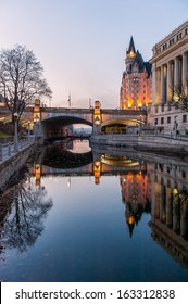 The rideau canal in Ottawa at sunset