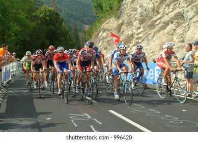 Riders on the Final Climb of the Villard de Lans Stage of the 2004 Tour de France
