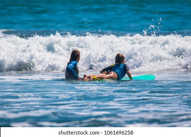 Riding the waves. Surf lessons. Costa Rica, surfing paradise