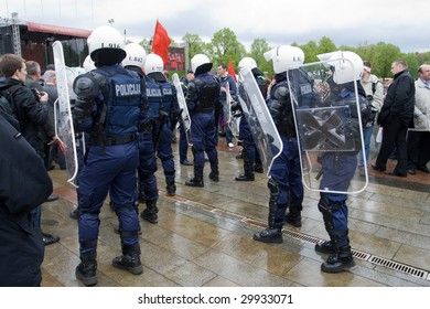 RIGA, LATVIA, MAY 9, 2009: Riot police ready to exclude provocation at celebration of May 9 Victory Day (Eastern Europe) in Riga at Victory Memorial to Soviet Army