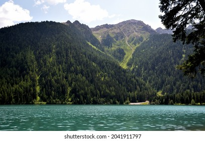 The right bank of Lake Anterselva overlooked by Mount Rote Wand