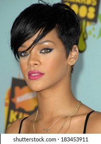 Rihanna at Nickelodeon's 21st Annual Kids' Ch oice Awards - ARRIVALS, UCLA's Pauley Pavilion, Los Angeles , CA, March 29, 2008