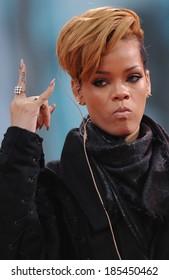 Rihanna on stage for Good Morning America GMA Concert - Rihanna, ABC Studios, New York City, NY November 24, 2009