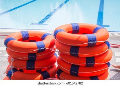 ring buoy lifesaving nearside the pool equipment rescue water